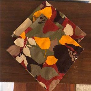 CRATE&BARREL flora napkins